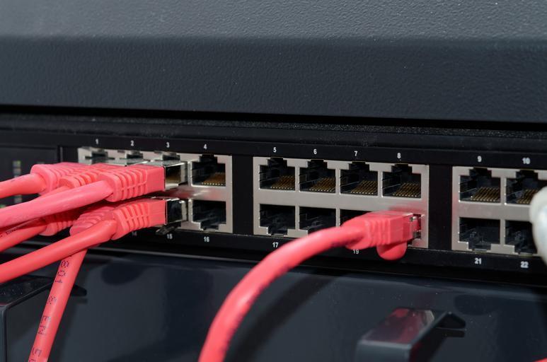 zapojené kabely